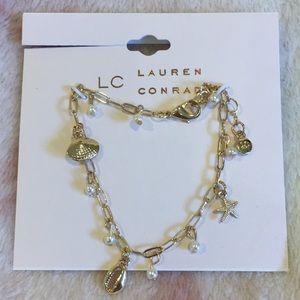Lauren Conrad Sea Shell Charm Bracelet NWTGoldtone